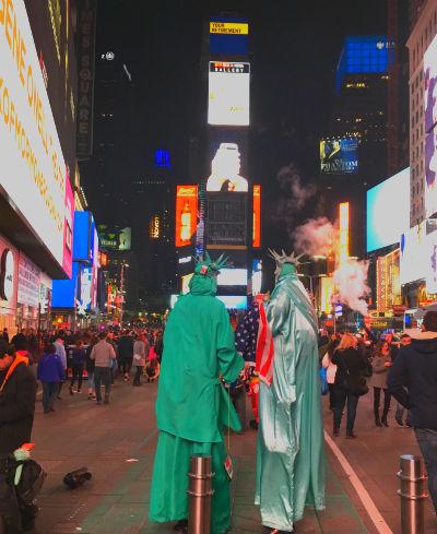 ニューヨーク弾丸旅行★夜のタイムズスクエア