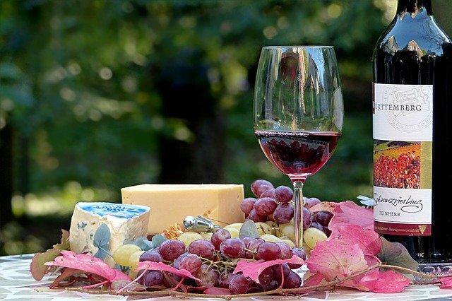 ソムリエおすすめ!緊急事態宣言中にゆる〜く自宅でワインの勉強を始めたい方へ